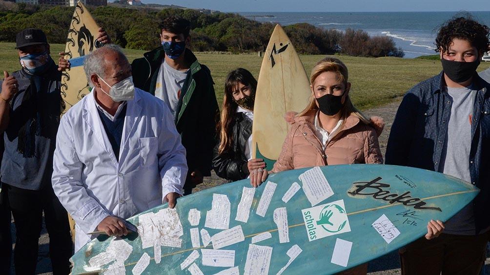 La Escuela de Mar y Playa surge a partir de una iniciativa que llevó adelante un grupo de argentinos en Mozambique.