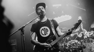 """""""Pepo"""" San Martín, el guitarrista que hace reír en YouTube mientras combate a los haters"""