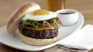 Cadenas de venta de hamburguesas artesanales argentinas abren sucursales en EEUU y Europa