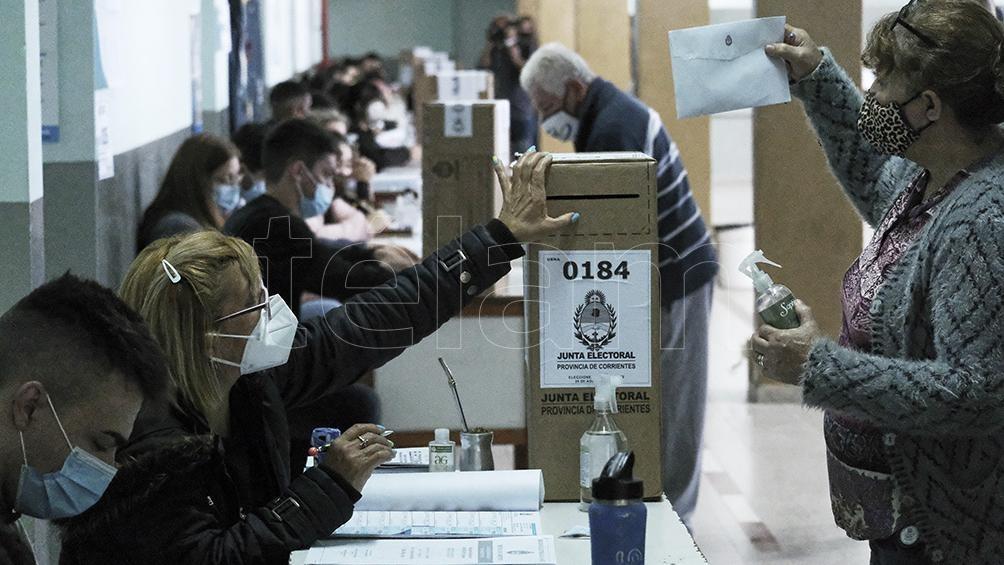 Más de 860 mil correntinos elegirán Gobernador, intendentes y legisladores. Foto: Germán Pomar