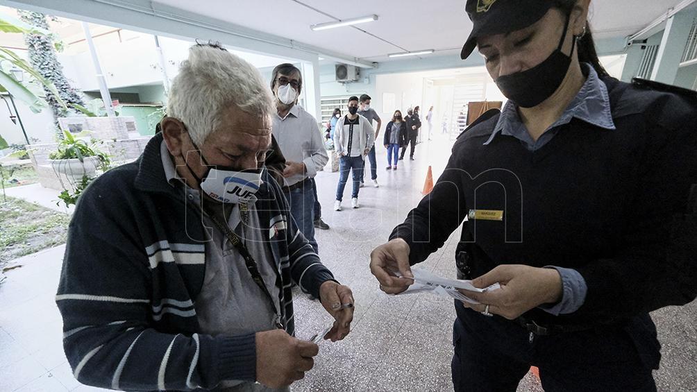 El Frente Corrientes de Todos se presenta con la dupla Fabián Ríos-Martín Barrionuevo. Foto: Germán Pomar