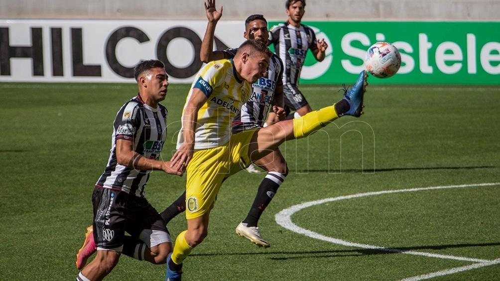 Marco Ruben, el goleador del Canalla.