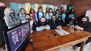 "Paro docente de 48 horas en Chubut en reclamo de ""urgente"" recomposición salarial"