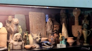 Detuvieron a un comerciante de Manhattan acusado de vender antigüedades falsificadas