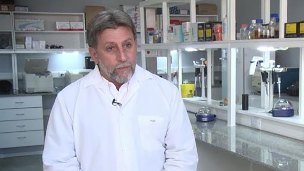 El investigador Hugo Luján, de la UC de Córdoba. En colaboración con la Universidad de San Pablo y la Sorbona están detrás de una vacuna oral. (Foto: UCC)