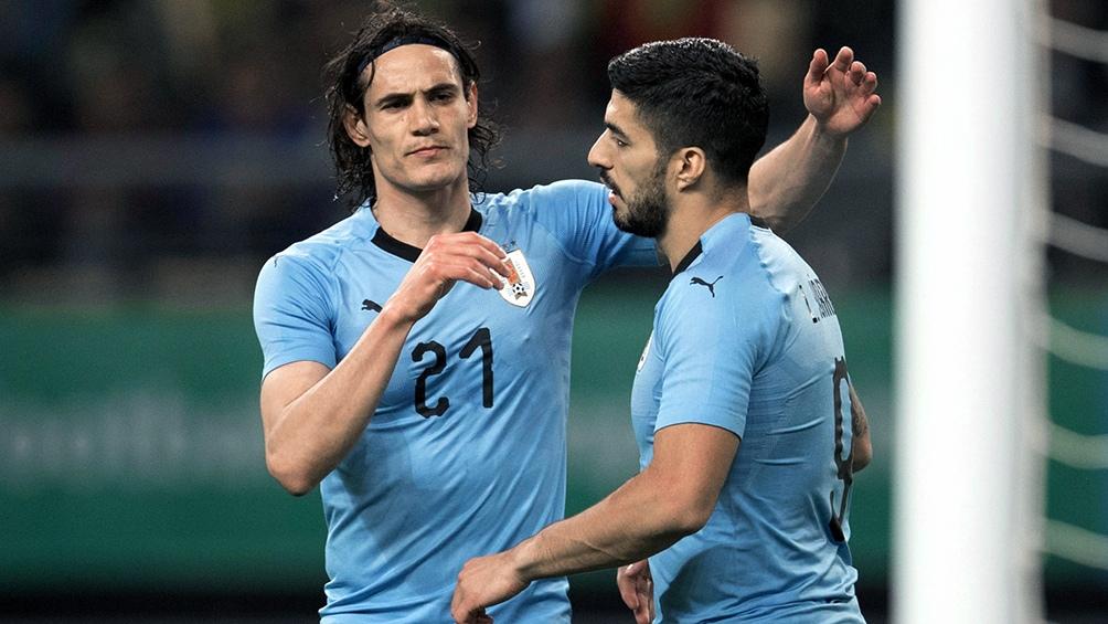 Uruguay, rival de Argentina, confirmó a Suárez y Cavani