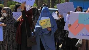 Los talibanes aseguran que incluirán a mujeres en el futuro Gobierno afgano