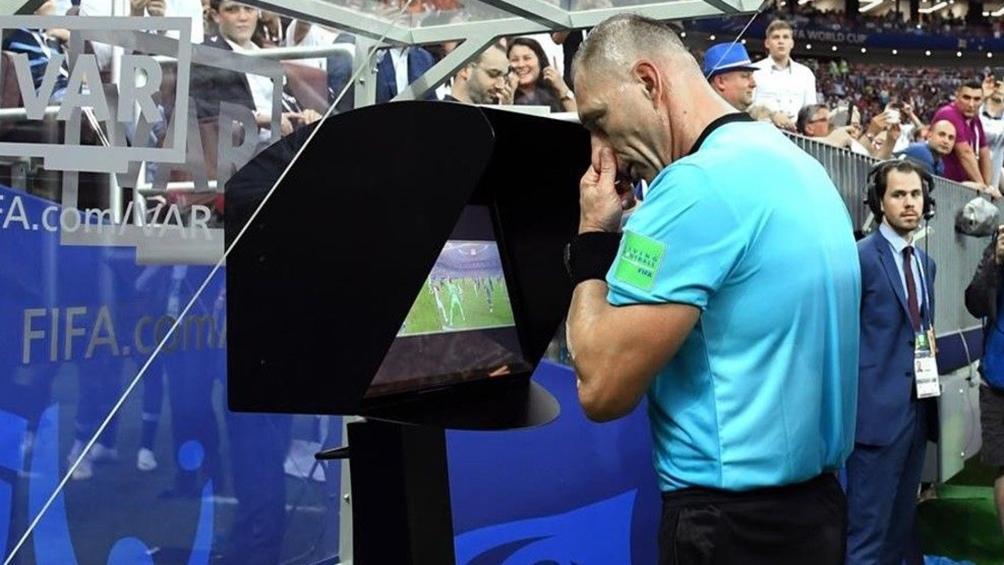 El VAR llega al fútbol argentino.