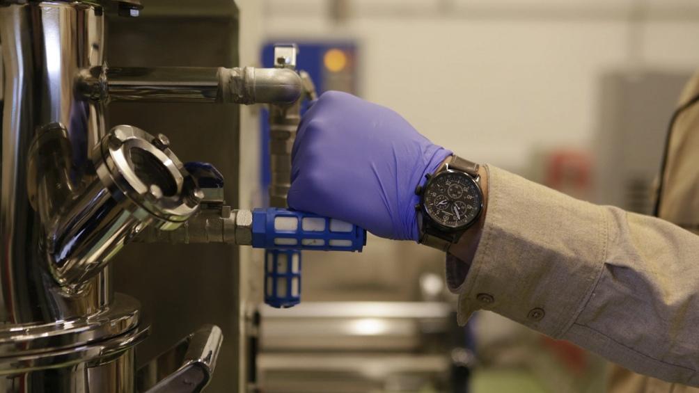 YPF refuerza su estrategia en litio y desarrolla la tecnología para fabricar baterías. Foto: Prensa YPF.