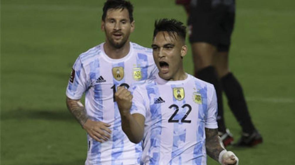 Argentina espera a Brasil, el domingo, con una victoria frente a Venezuela. foto: AFP