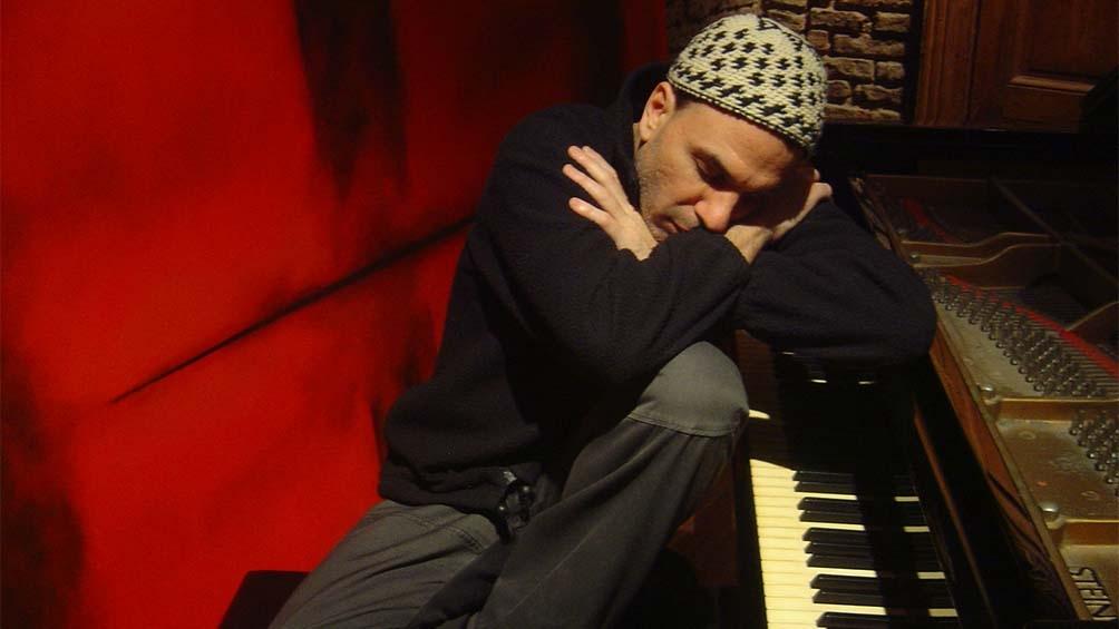 Pianista y compositor por herencia y talento propio, Facundo Ramírez, siempre está presente en los homenajes de su padre.