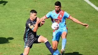 Atlético Tucumán y  Arsenal empataron en Tucumán