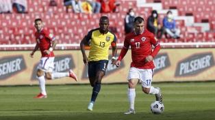 Ecuador igualó con Chile y sigue en zona de clasificación al Mundial de Qatar