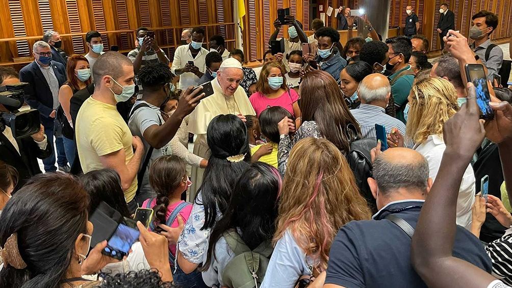 Francisco recibió a refugiados recién llegados de Afganistán