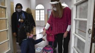Perczyk pidió el regreso a la presencialidad plena en las escuelas de todo el país