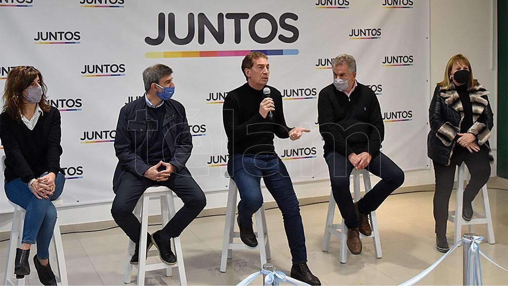 Santilli visitó también la ciudad de Punta Alta. (Foto: Culaciatti Horacio)