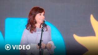"""Cristina Kirchner subrayó que en las elecciones """"se votan dos modelos de país"""""""
