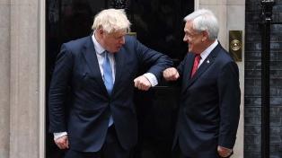 Piñera y el premier británico hablaron sobre cambio climático, pandemia y comercio