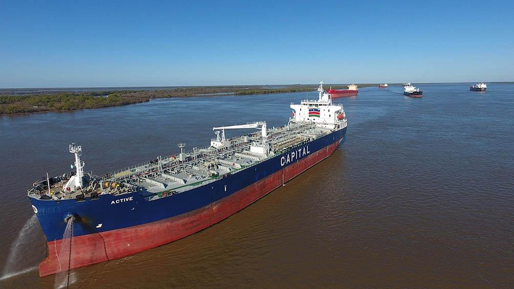 La nueva concesión de la Hidrovía Paraguay Paraná se inició a partir del primer minuto de hoy con el Estado Nacional.