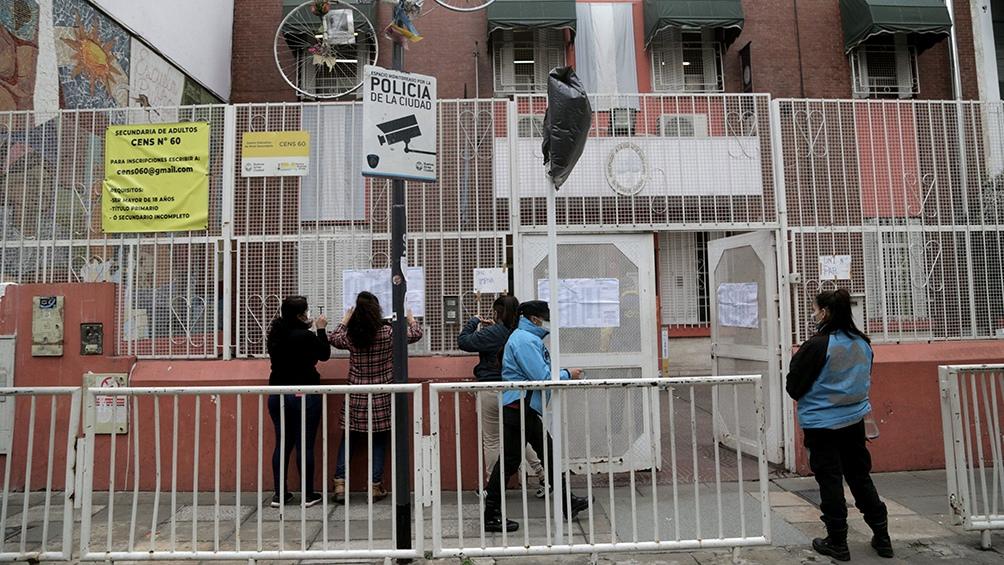 La jornada electoral de las PASO comenzó a desarrollarse hoy a las 8 en todo el país, con más de 34 millones de argentinas y argentinos habilitados para votar a los candidatos a diputados y senadores nacionales que competirán en los comicios legislativos del 14 de noviembre.