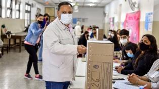 Votó en La Rioja alrededor del 55% del padrón electoral