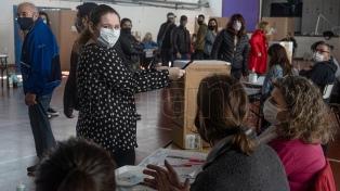 """Para quienes eligen por primera vez, """"participar es clave"""" para cambiar el país"""