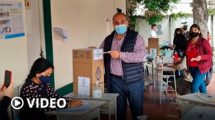 """Manzur """"el pueblo tucumano concurre a las urnas para emitir sus sueños y esperanzas"""""""