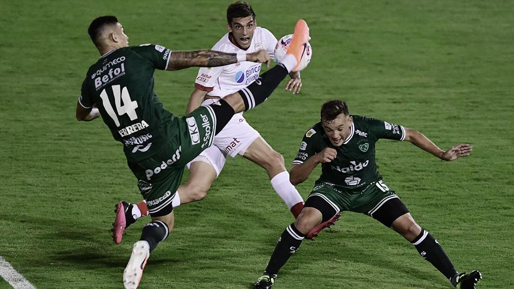Sarmiento y Huracán juegan en Junín, en un duelo clave por el promedio