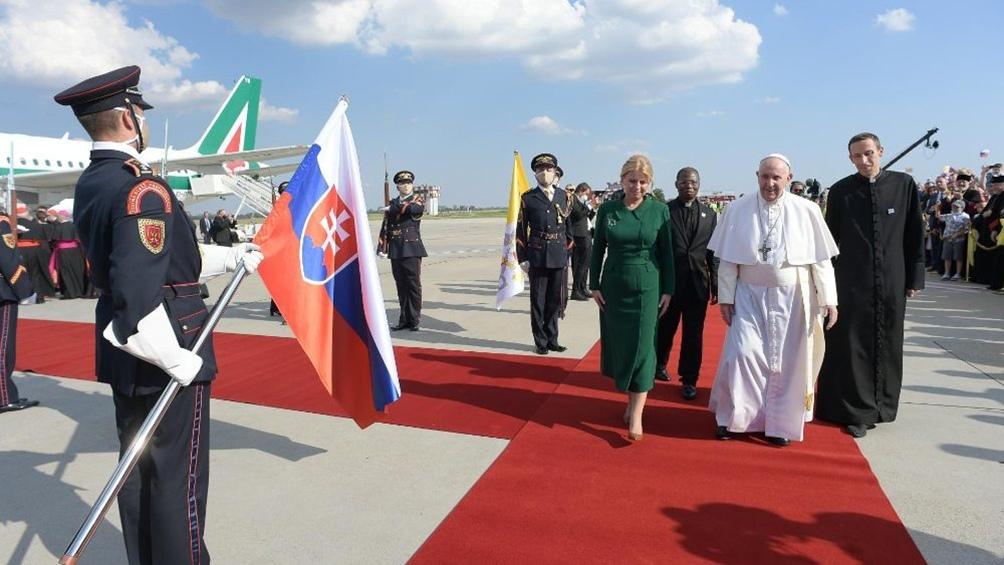 """El Papa planteó su intención de que Eslovaquia """"sea un mensaje de fraternidad y de paz en el corazón de Europa""""."""