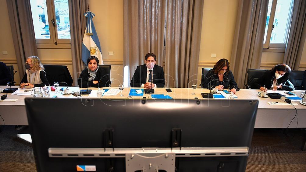 """El programa """"Acompañar: Puentes de Igualdad"""", busca asegurar la permanencia en las aulas y promover el regreso. Foto: Víctor Carreira."""