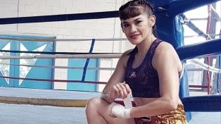 """A los 44 años, """"La Tigresa"""" Acuña regresa al boxeo"""