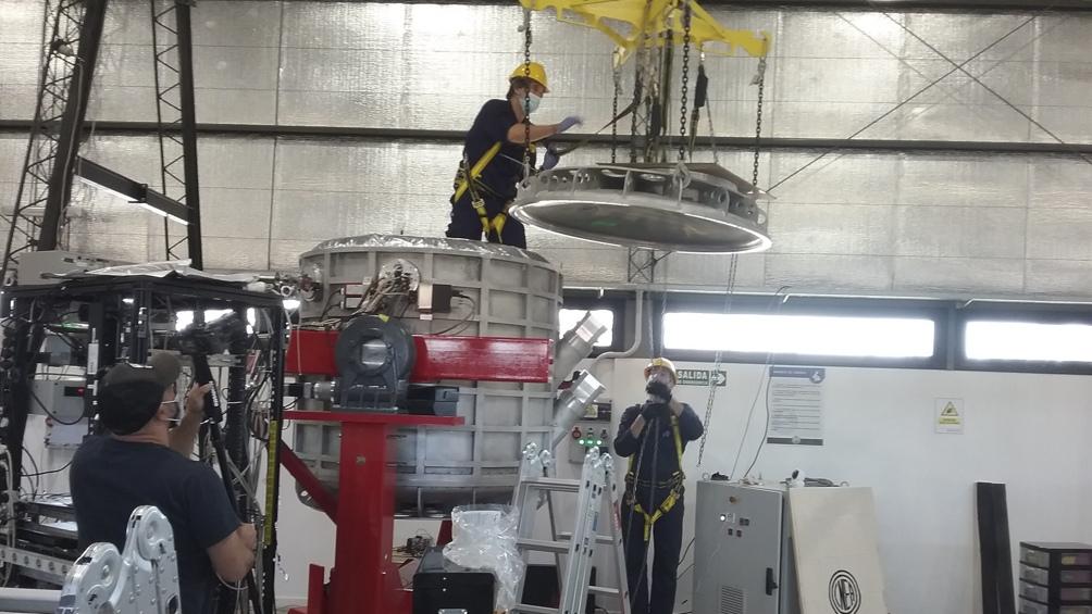 El telescopio viajó en barco desde Francia; de Buenos Aires a Salta en camión, donde se lo ensambla antes de instalarlo en la puna. (Foto: Proyecto Qubic)