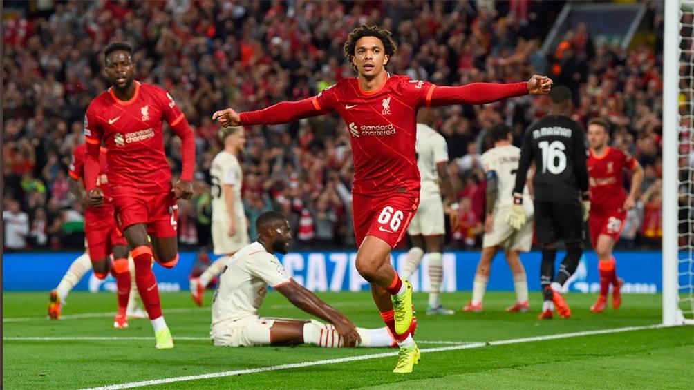 Liverpool se hizo fuerte como local frente a Milan en un duelo entretenido.Foto: @ChampionsLeague