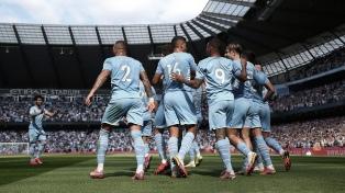Ajax y el City ganaron y golearon en otros duelos destacados