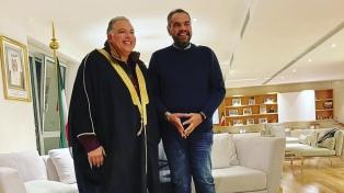Los embajadores de Kuwait y Egipto visitan Tandil en ronda de negocios