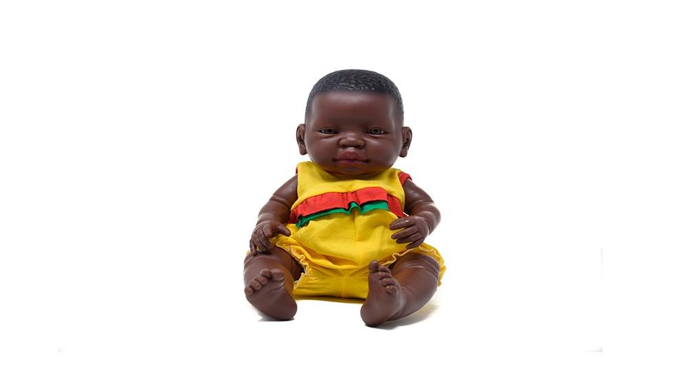 Emilia, la bebota afrodescendiente (Foto: Prensa Casita de muñecas)