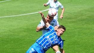 Godoy Cruz se llevó un punto en el último minuto ante Sarmiento