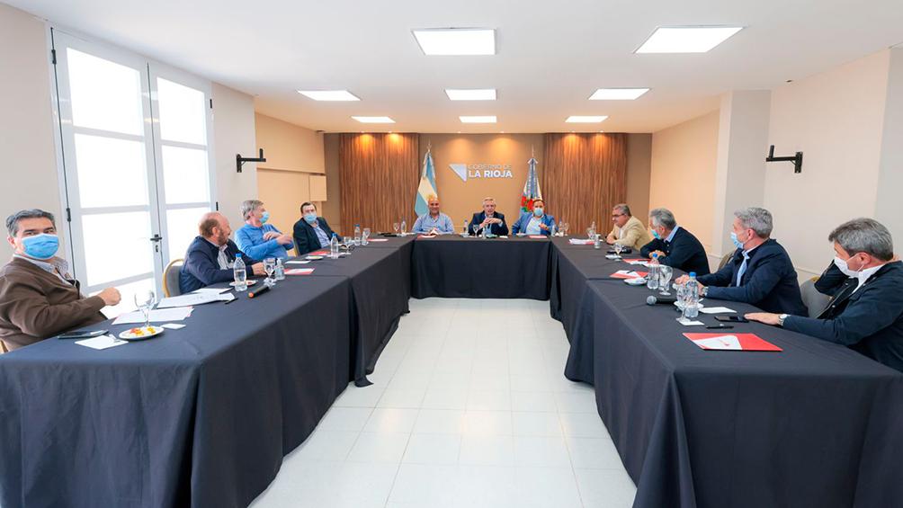 """""""Se gana con más peronismo y con un shock de consumo"""", coincidieron los mandatarios. Foto: Presidencia."""