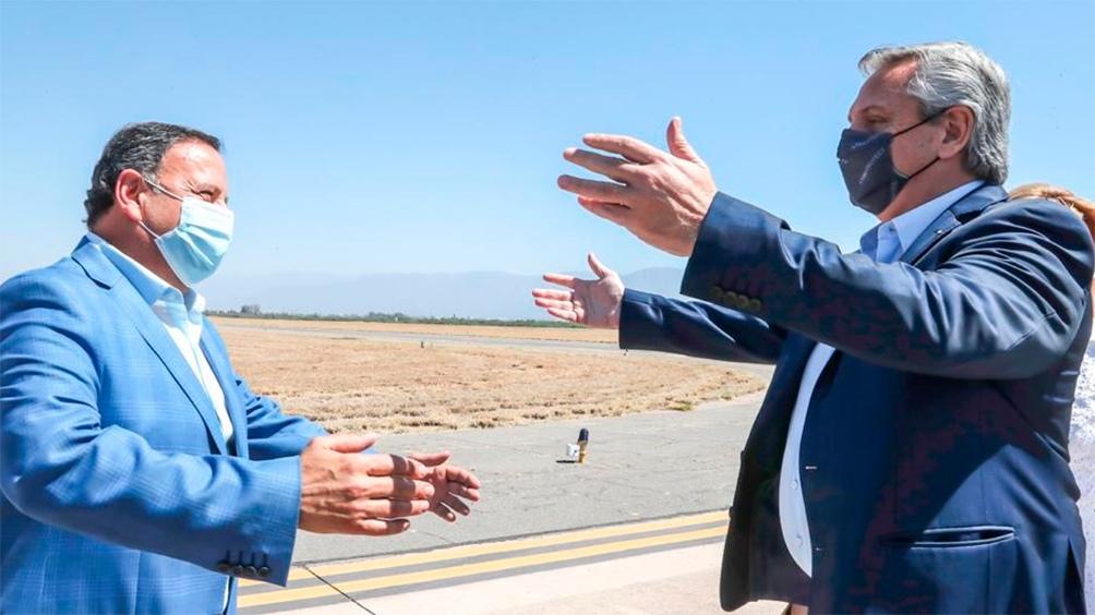 El gobernador Ricardo Quintela recibió este sábado al presidente Alberto Fernández. Foto: TW @QuintelaRicardo