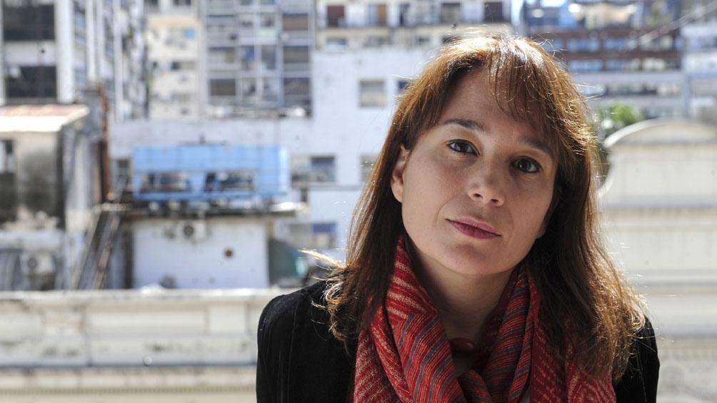 """Laura Alcoba, autora de """"La casa de los conejos""""."""
