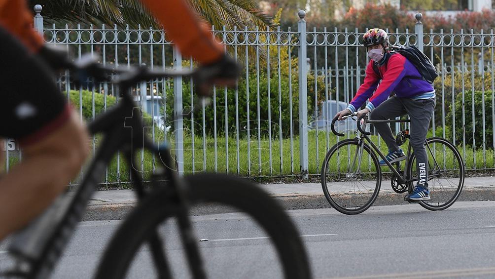 En 2020 viajaron en bicicleta 405.000 personas por día contra los 320.000 que lo hicieron en 2019. Foto Maximiliano Luna.