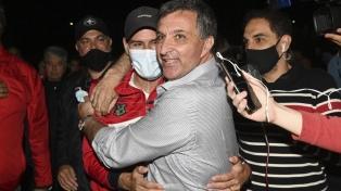 El médico Ignacio Astore ganó las elecciones en Newell's