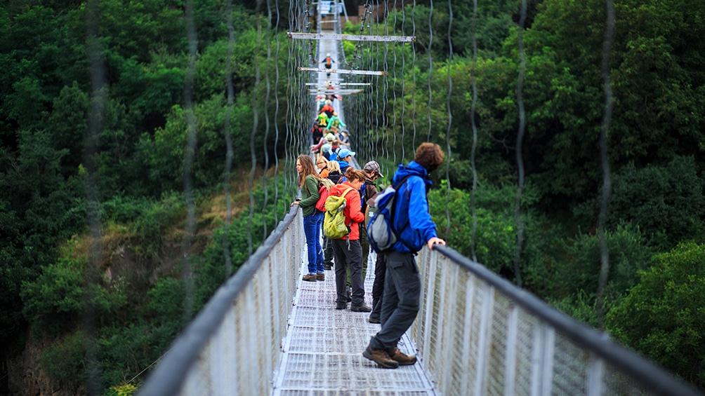 Los puentes colgantes, una atracción para los que aman del turismo aventura.