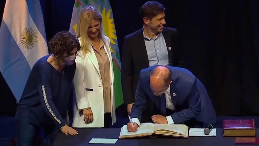 La firma de Insaurralde (Captura de TV)