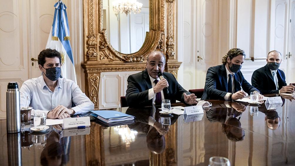 """El titular de la cartera del Interior, Eduardo """"Wado"""" de Pedro participó de la reunión de ministros encabezada por el jefe de Gabinete, Juan Manzur."""