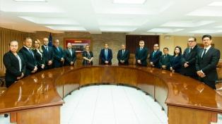 La Corte Suprema salvadoreña pidió a los jueces que renuncien por la reforma de Bukele