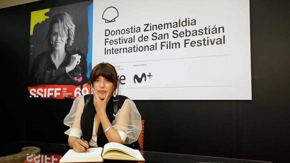 La directora, Inés Barrionuevo, en el Festival de Donostia