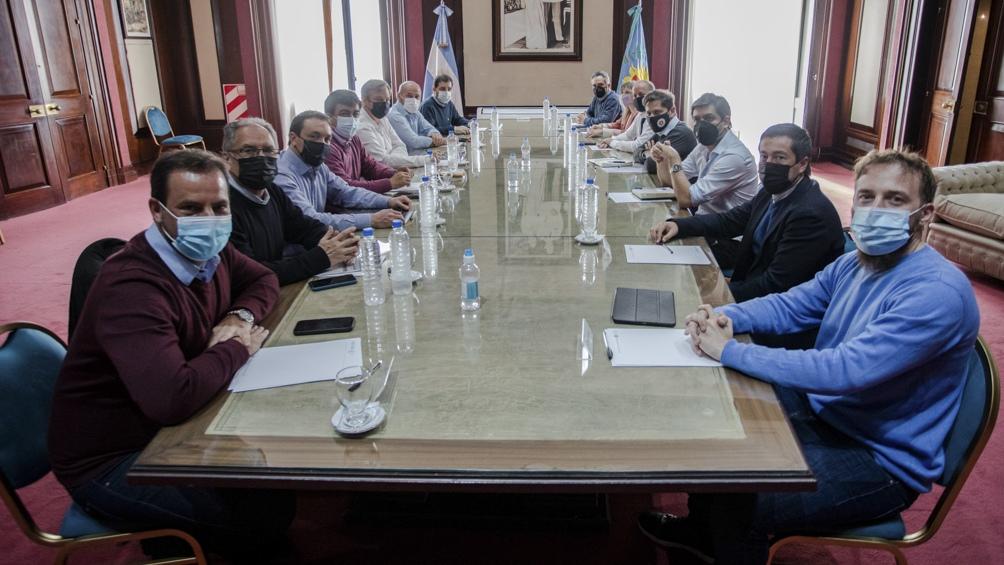 El gobernador Axel Kicillof encabezará una reunión con los jefes comunales peronistas de la primera y la tercera sección electoral. Foto: Prensa GPBA