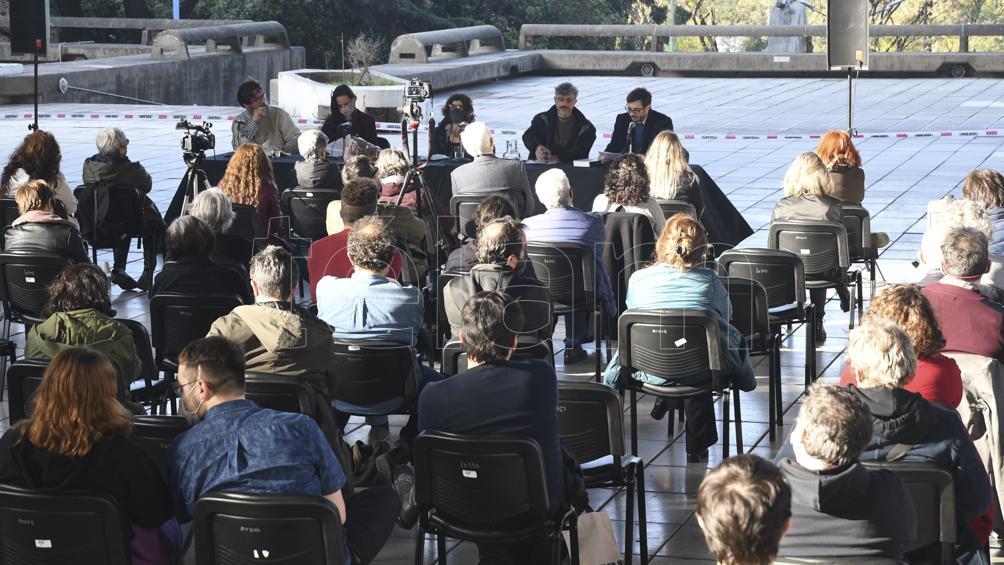 Un encuentro con clima de homenaje: presentaron textos reunidos de Horacio González