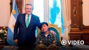 El Presidente recibió al joven wichi que creó una aplicación para traducir su idioma